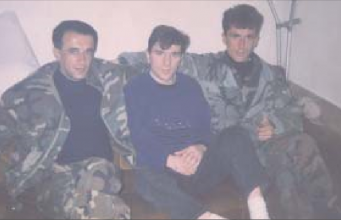 Osman Ćatić u sredini